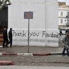 Graffiti in Tunis thanks the social network site Facebook for its help in realising a more democratic course in Tunisia
