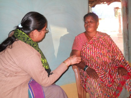 Bhan talking to an elderly village woman in Nagrabeda - a village where Maoists are very active. Despite many challenges, somewomen in the vilage have now started a community welfare group - Stella Paul | Panos London