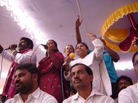 Power to the people: Mary Madiga addresses a Telengana rally - Telengana Mahajena Mahila Samakhya